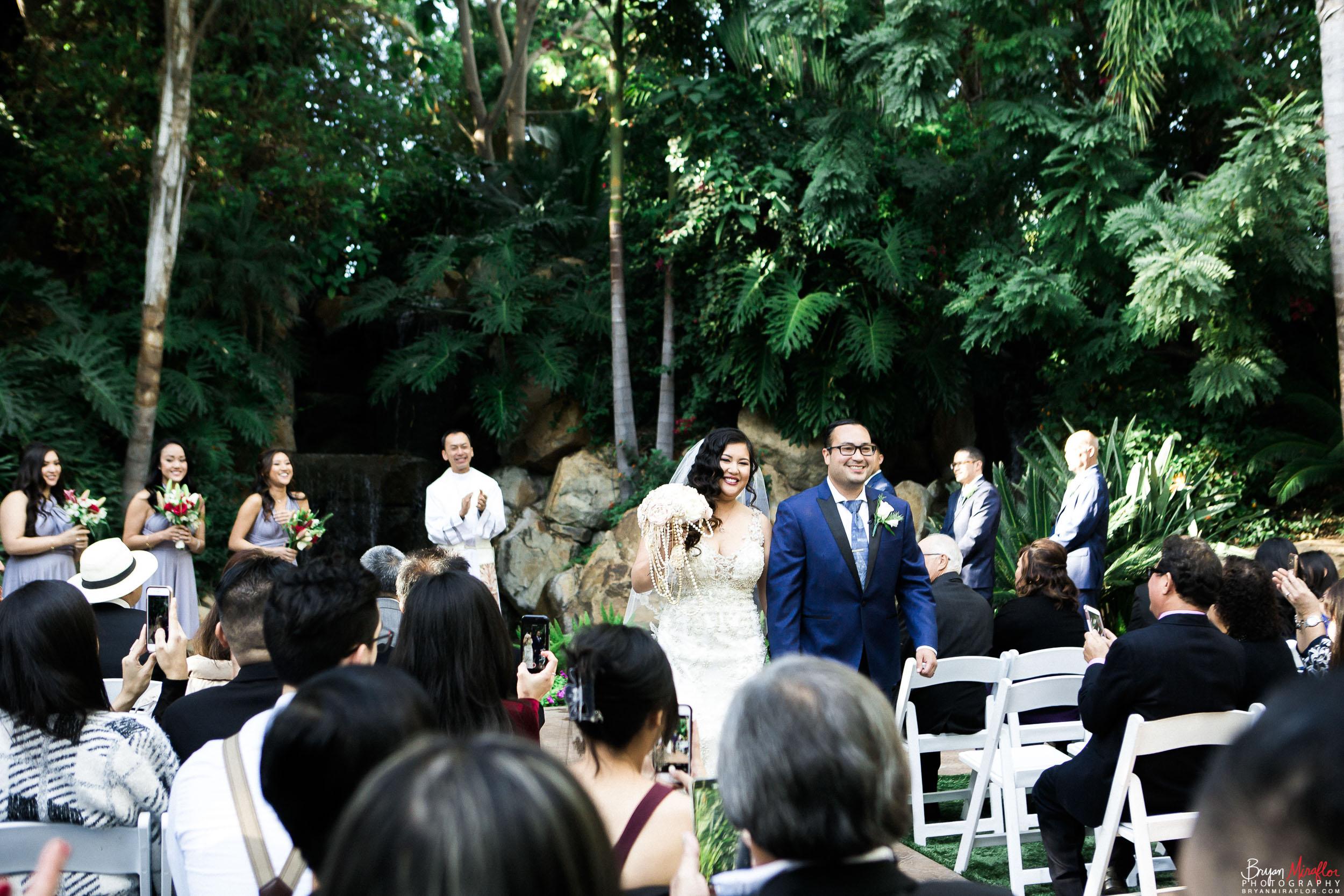 Bryan-Miraflor-Photography-Hannah-Jonathan-Married-Grand-Traditions-Estate-Gardens-Fallbrook-20171222-111.jpg