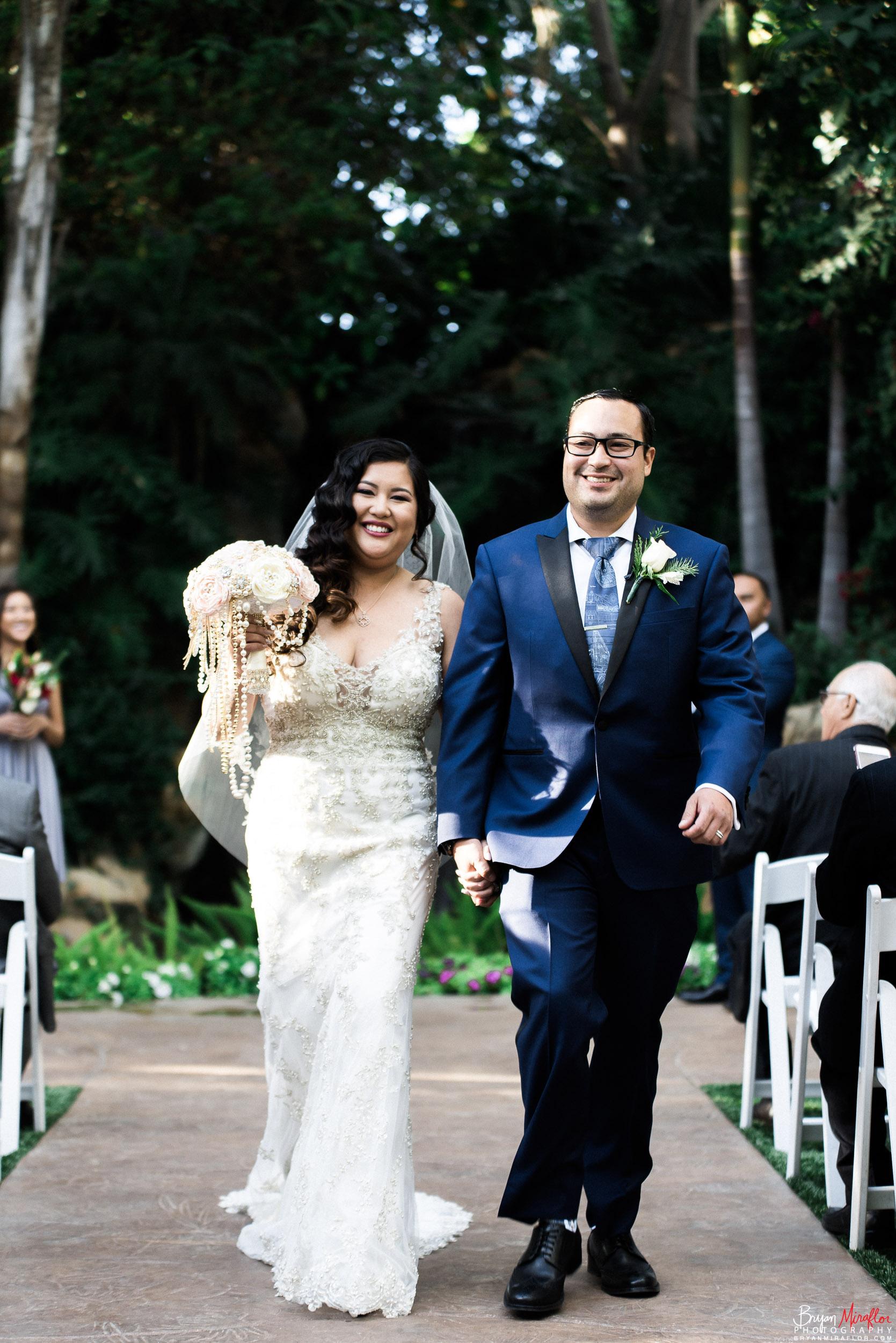 Bryan-Miraflor-Photography-Hannah-Jonathan-Married-Grand-Traditions-Estate-Gardens-Fallbrook-20171222-110.jpg