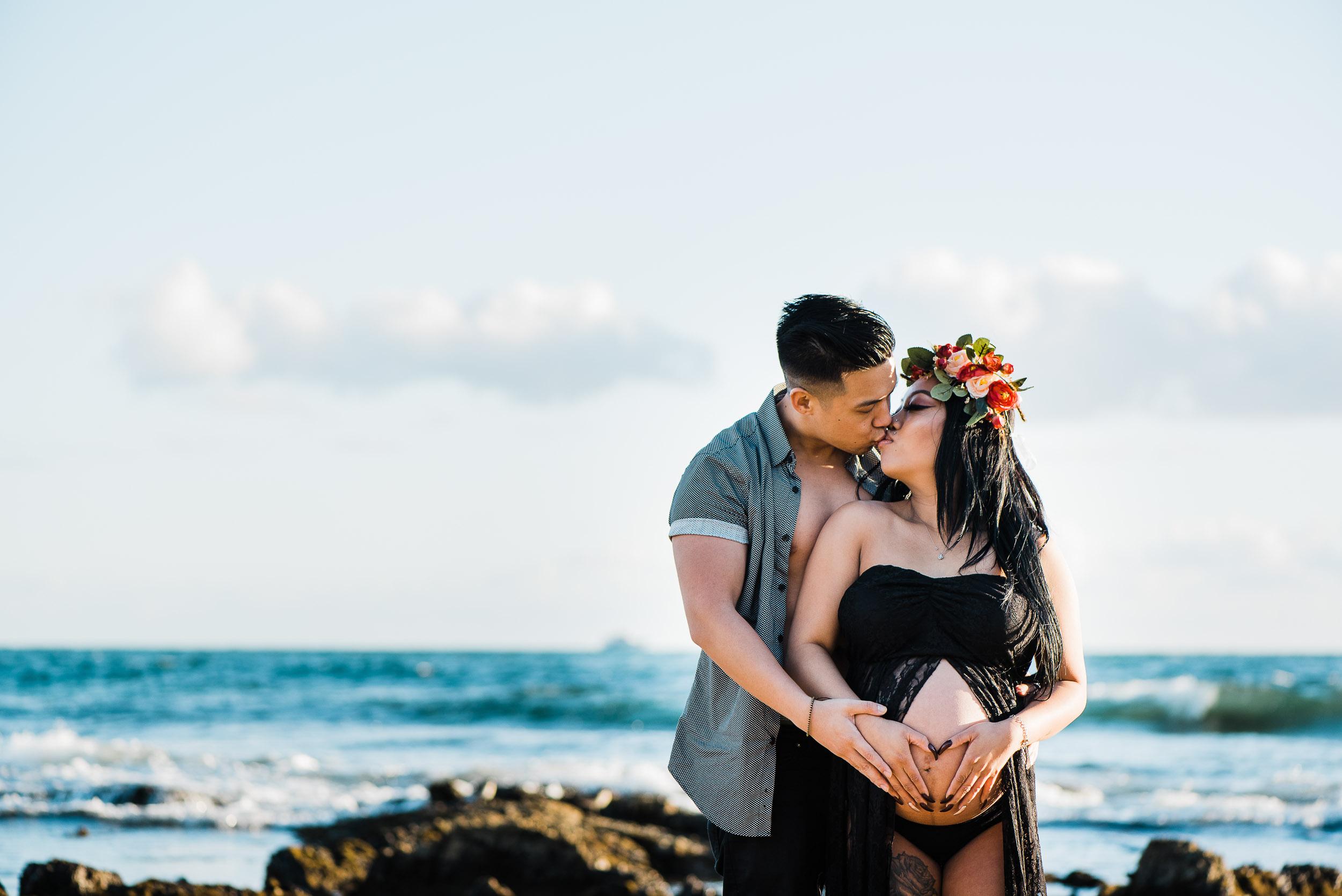 Miraflor-Photo-Peter-Crystal-Maternity-Photoshoot-Newport-Beach-20180317-009.jpg
