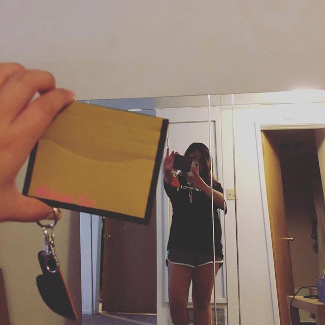 Mirror Mirror @seheenian #adeesco #cardcase