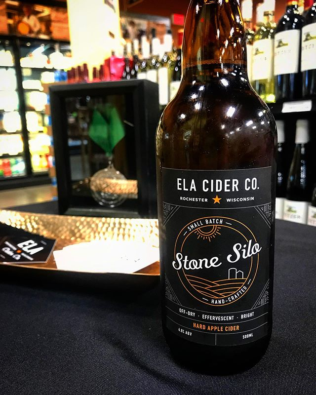 Still looking for a great Father's Day gift? (you know who you are 👀). How about some local cider? We are adding lots of new locations so check out elacider.com/findus . We will also be @beansandbarley on Father's Day 6/16 from 11-2 so bring dad and try some local cider! . #elacider #shoplocal #drinkwisconsinbly #milwaukee #hardcider #craftcider #stonesilo #barncat
