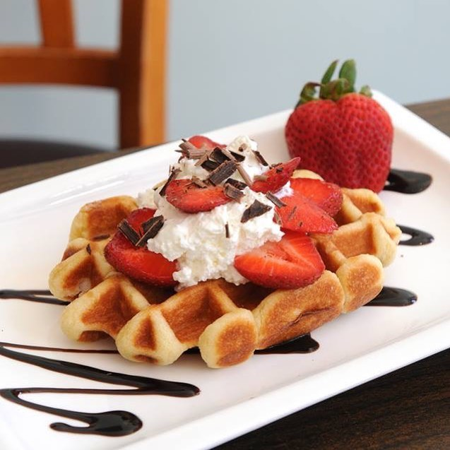 Sun's out, waffles out! ☀️See you at Fueling Station this weekend! #suitefoods #liegewaffles #summer #brunch #weekend #strawberries #chocolate