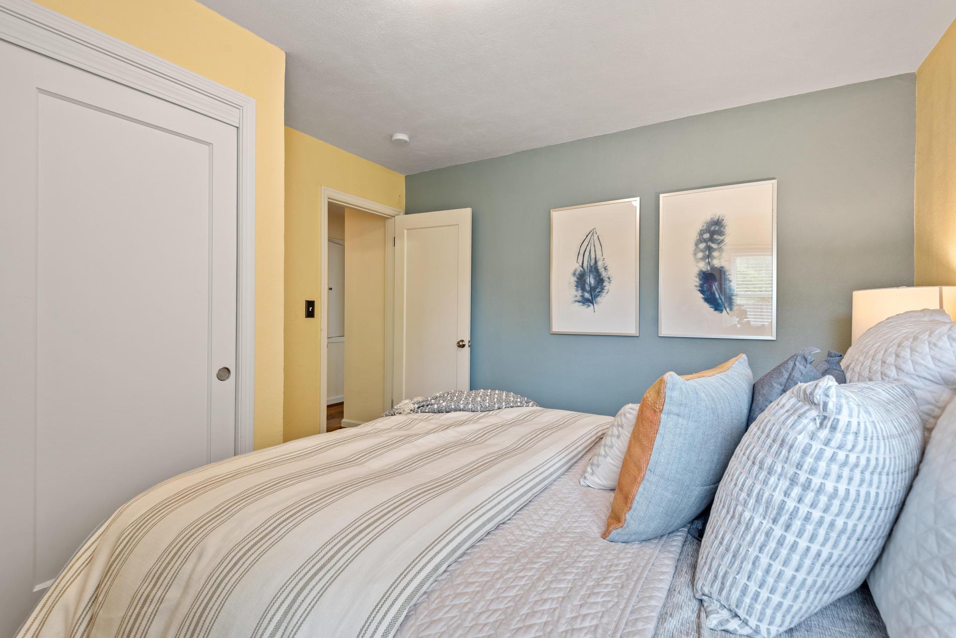 2236 NE Dekum St Portland OR-017-013-Master Bedroom-MLS_Size.jpg