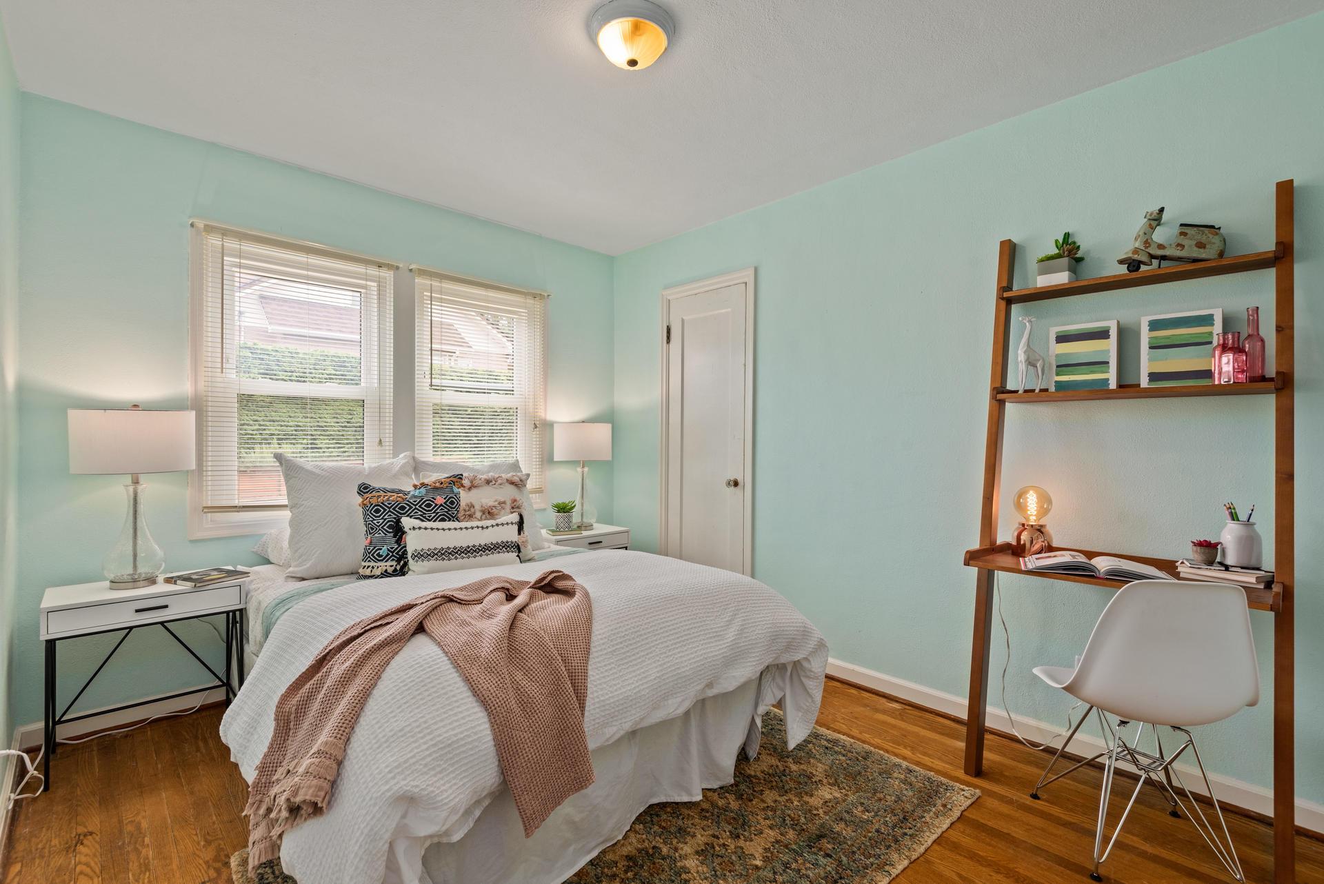 2236 NE Dekum St Portland OR-019-008-Bedroom 1-MLS_Size.jpg