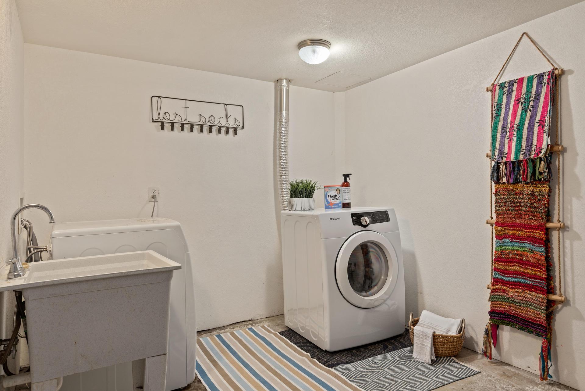 2236 NE Dekum St Portland OR-023-016-Laundry Room-MLS_Size.jpg