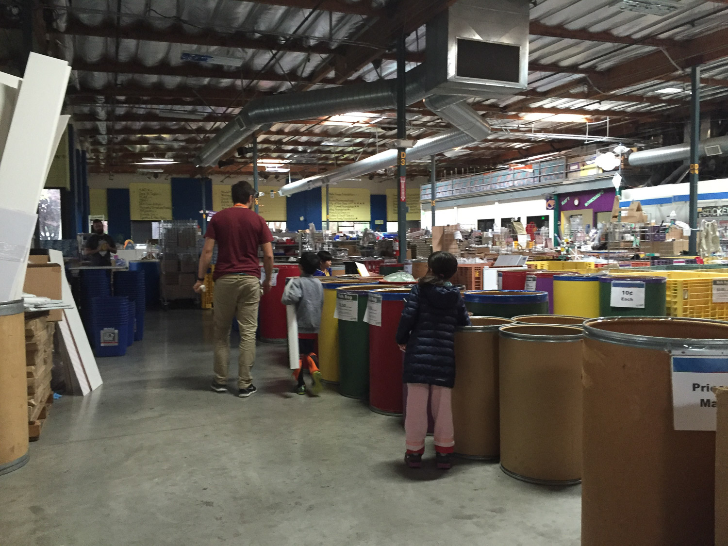 Josh, Lev, Noe and Ada dig through the bins at RAFT for the most inspiring brush materials.