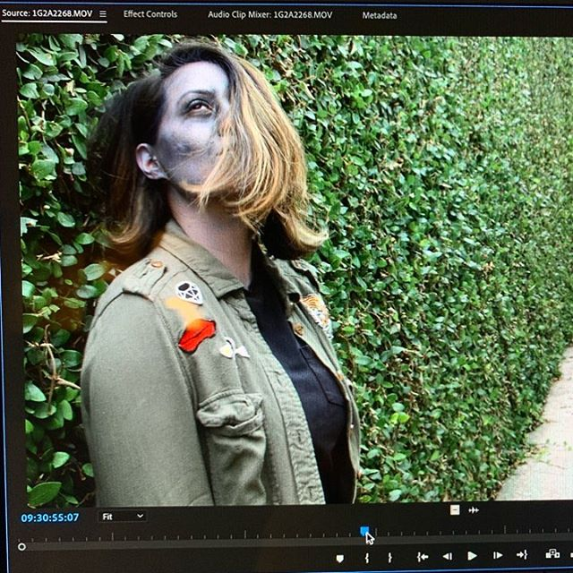 When you're editing and one of your #zombies is a total babe. - G #zombabe @sans_sarah