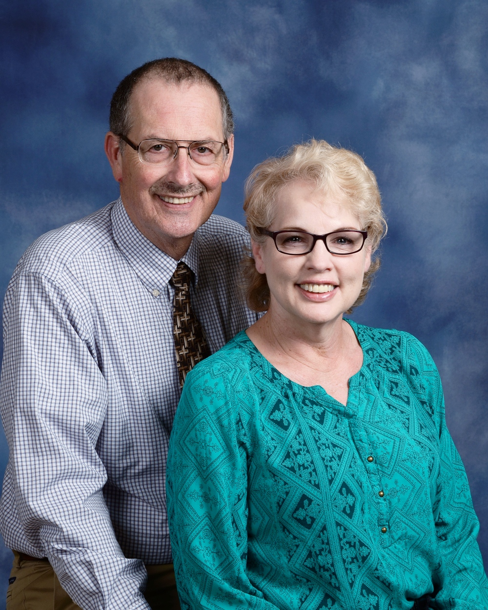Judge Brooks Anderholt - Worship Leader    Gloria Anderholt (Right)