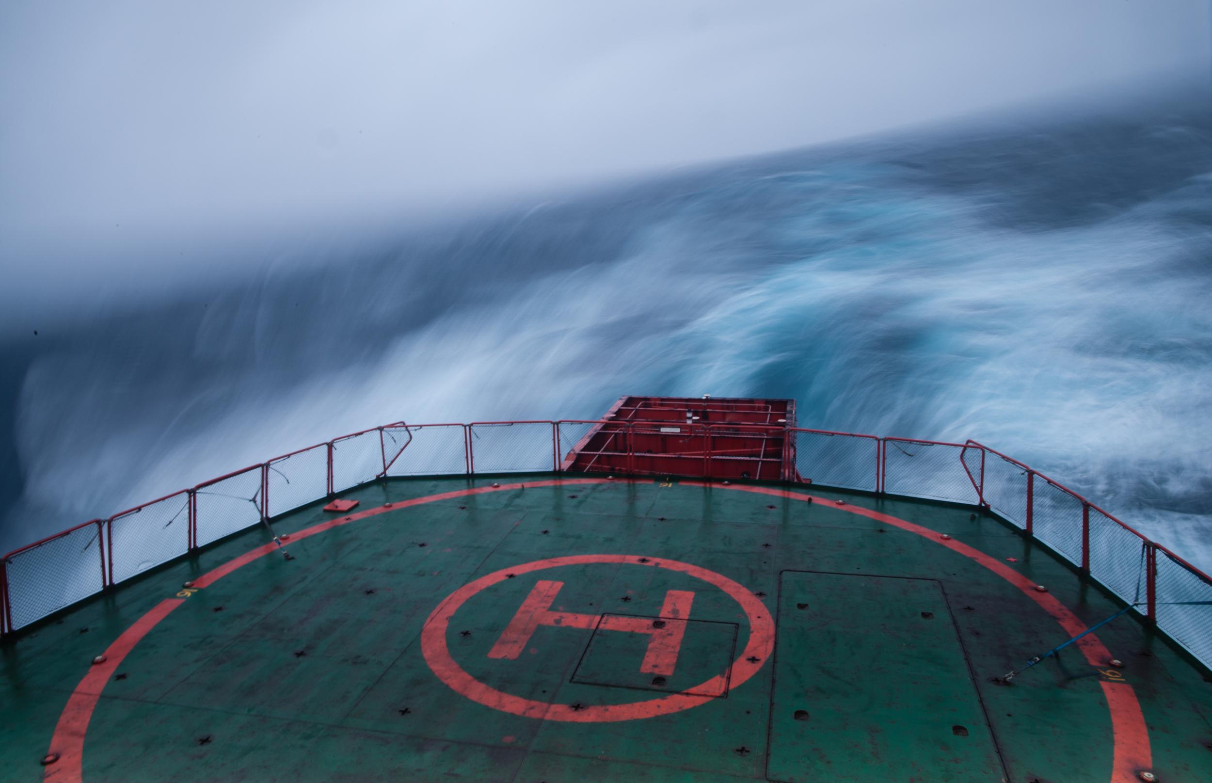 Macquarie Island - Rough Weather4.jpg