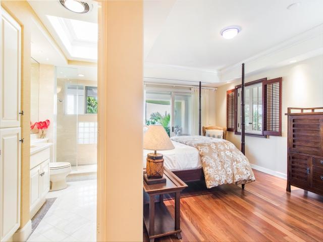 Bedroom-Suite-2_640x480_1926061.jpg