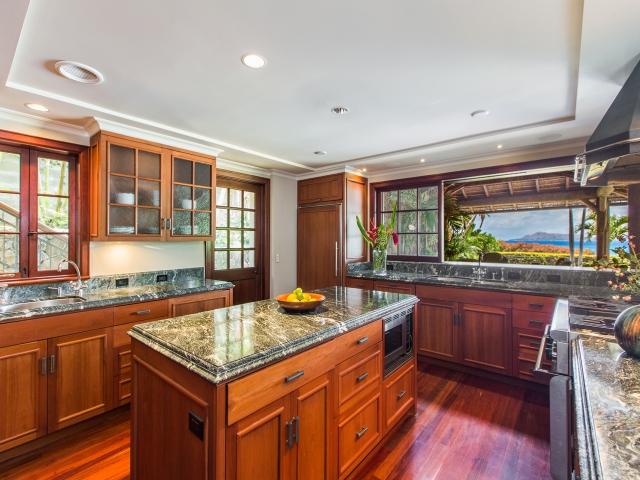 Kitchen_640x480_1926072.jpg