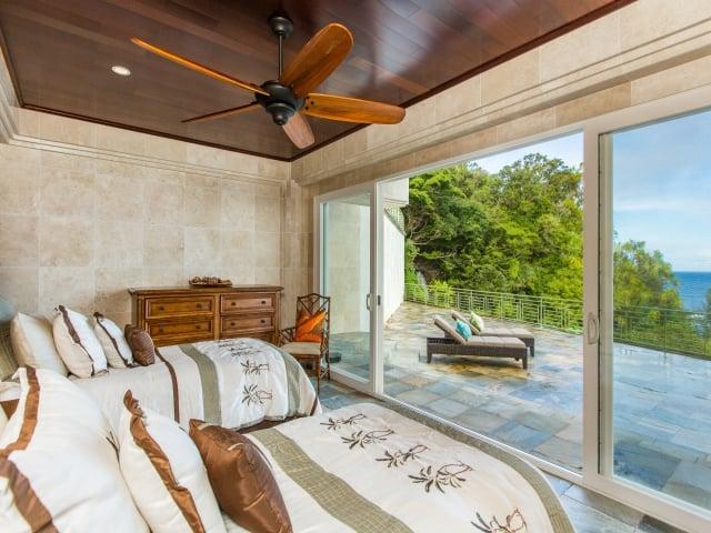 Bedroom-Suite-4_640x480_2130187.jpg