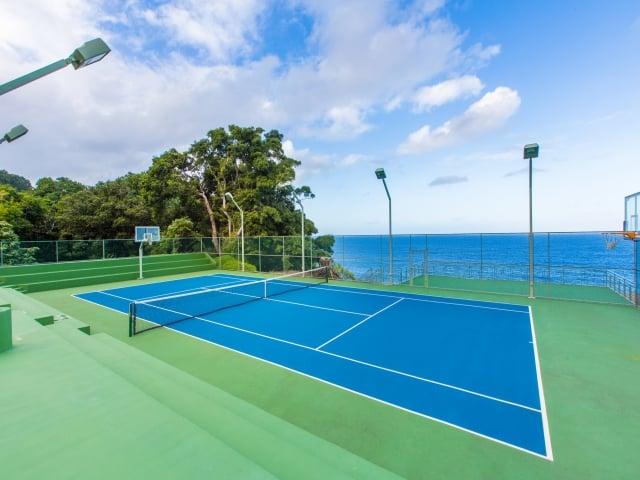 Tennis---Basketball_640x480_2130279.jpg