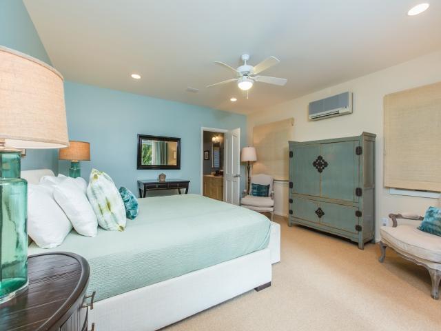 Bedroom-Suite-2_640x480_2151489.jpg