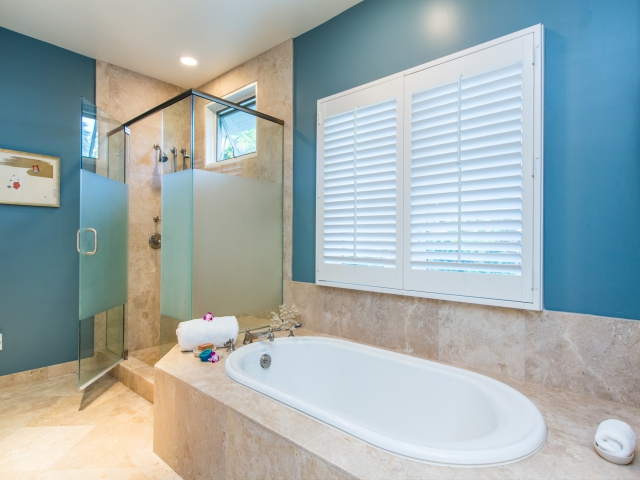 Bedroom-Suite-2_640x480_2151490.jpg