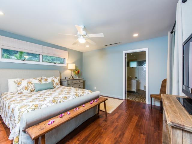 Bedroom-Suite-6_640x480_2151508.jpg