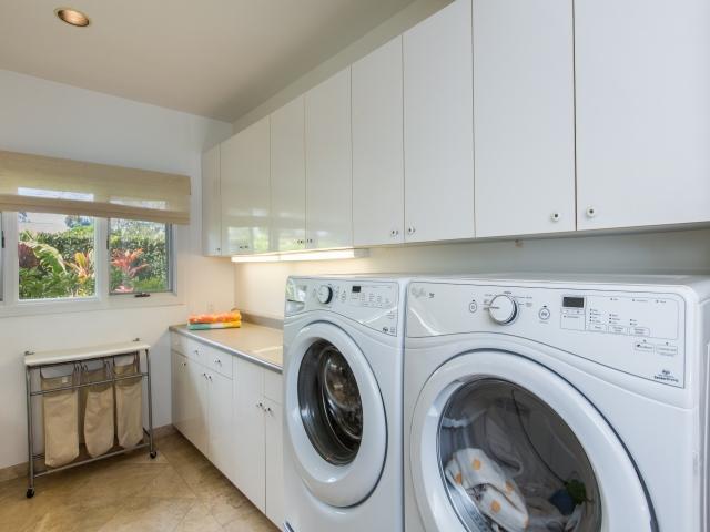 Laundry_640x480_2151532.jpg