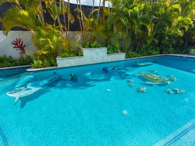 Pool---Spa_640x480_2151602.jpg
