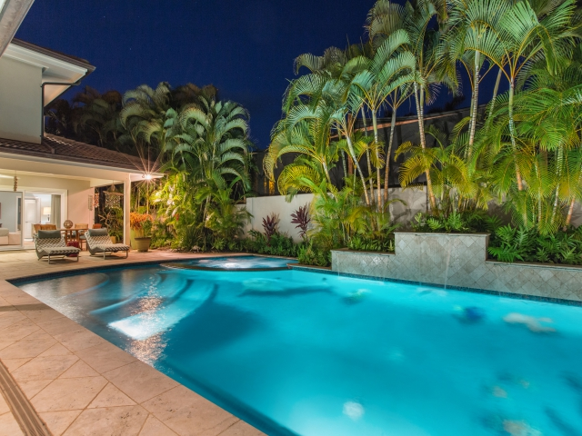 Pool---Spa_640x480_2151626.jpg