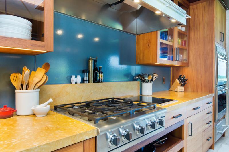 Photo-123 Kailuana-Kitchen-522.jpg
