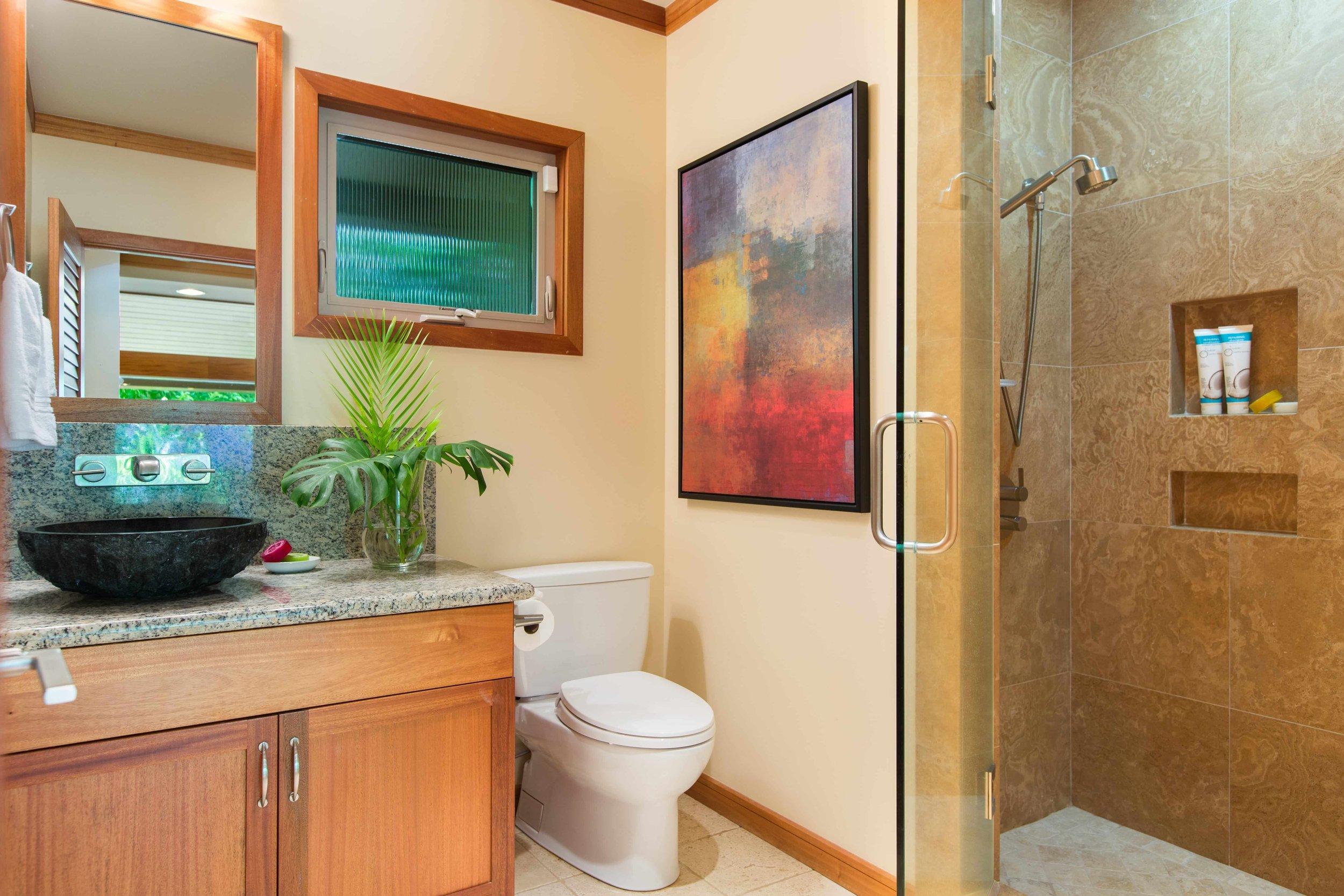 Photo-4731 Kahala-Guest House Bath 2-525-min.jpg