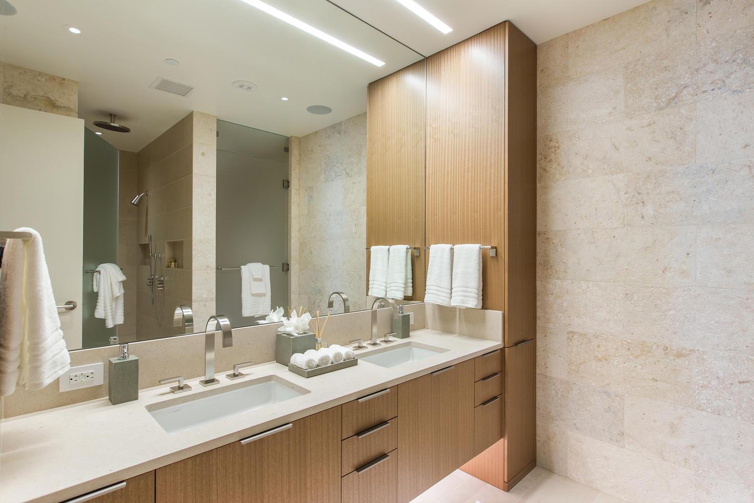 1388 Ala Moana Blvd 7401-large-016-9-Master Suite-1499x1000-72dpi.jpg