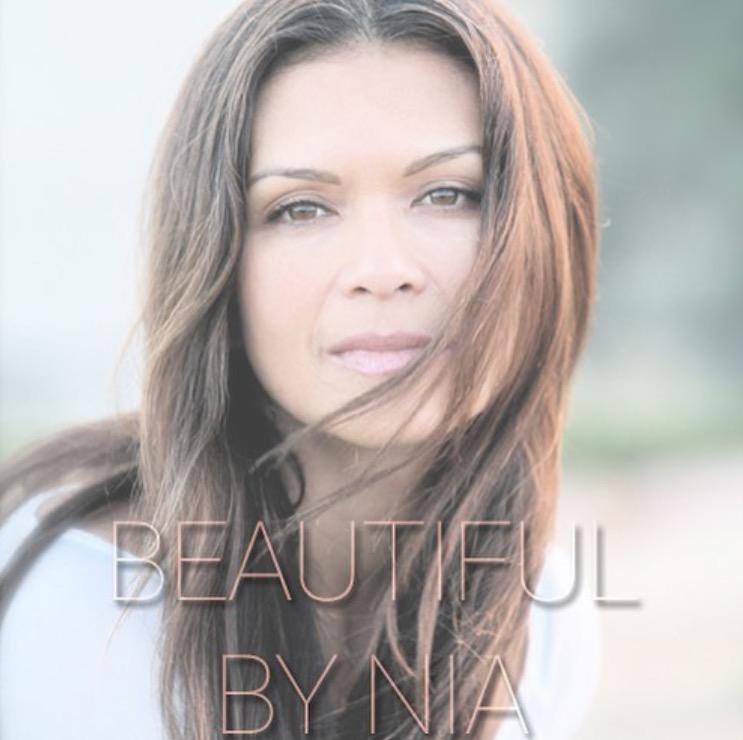 Nia Peeples (Kiani)    www.beautifulbynia.com
