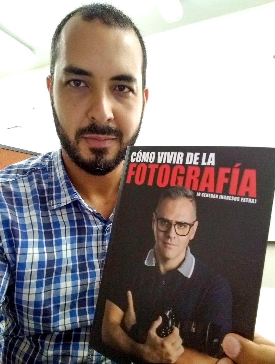 """Jorge Pantoja - """"Se lee como si tu mejor amigo te estuviera guiando. Es muy fresca la lectura"""""""