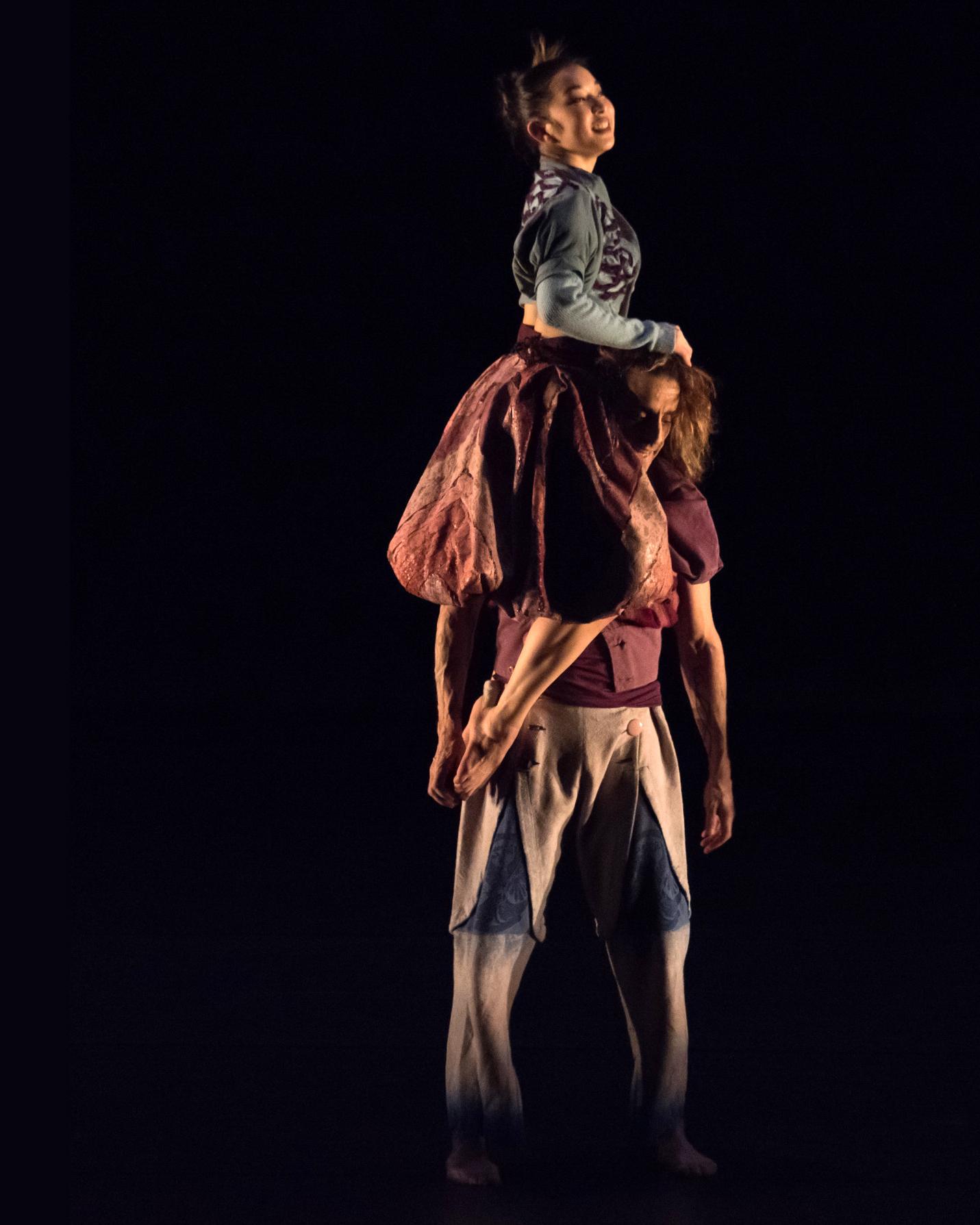 SELECTe - Backhausdance2018_TheEmptyRoom_PhotobyDougGifford_3013.jpg