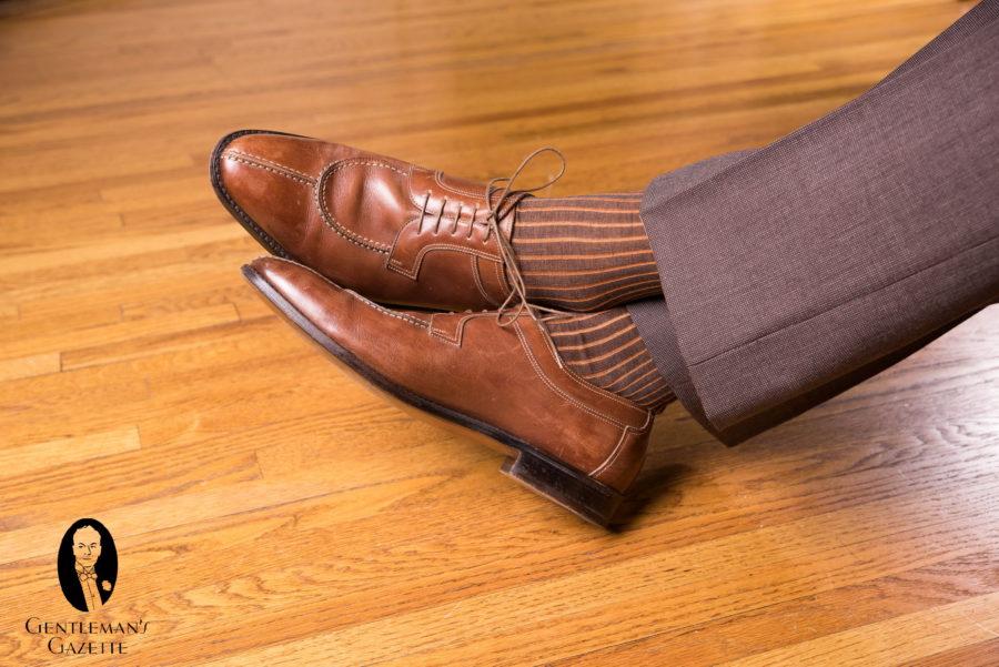 Socks-Shoes-Pants-Trousers-Combinations-9489-1-900x601.jpg