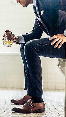 brown-shoes-dark-socks.jpg
