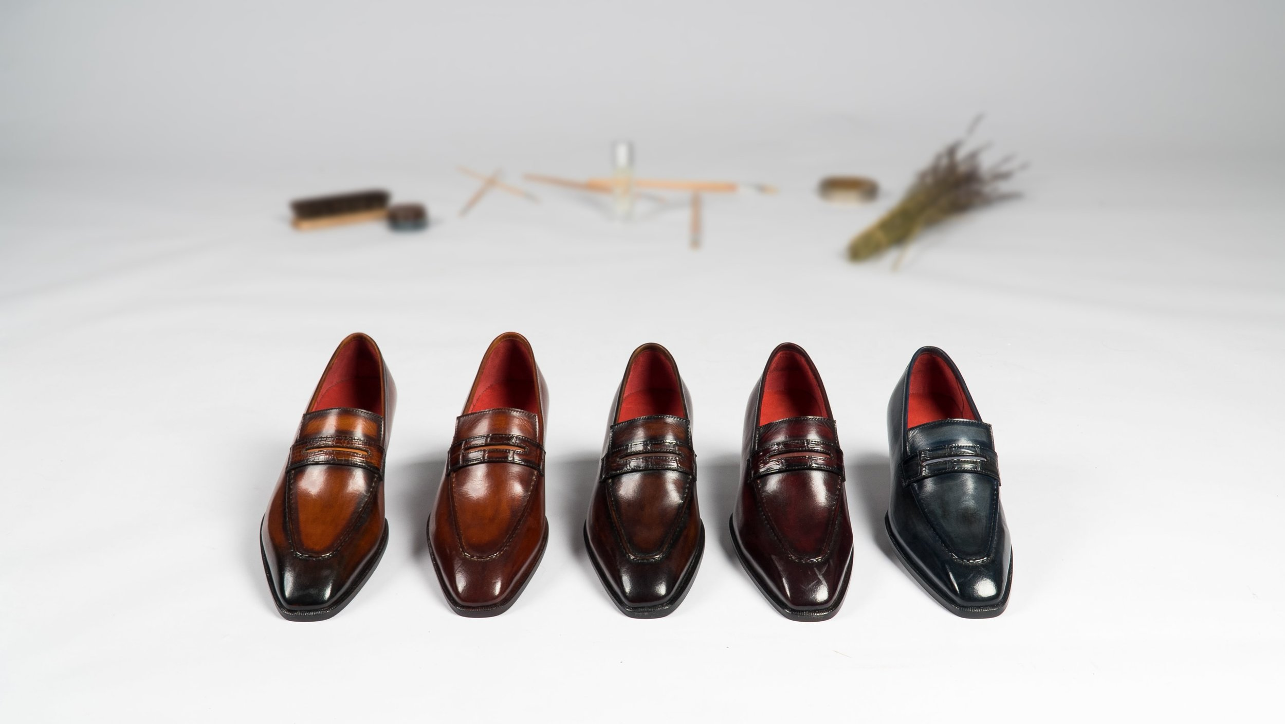 UNO, Patina Penny Loafers in 5 colors
