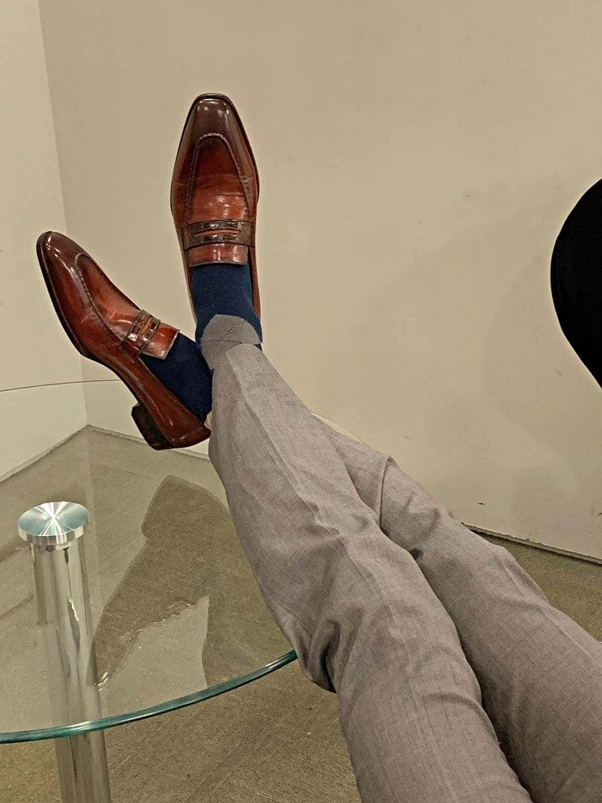 UNO, Cognac with grey tailored pants