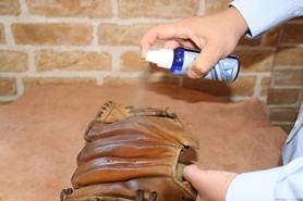 噴上除霉噴劑預防發霉