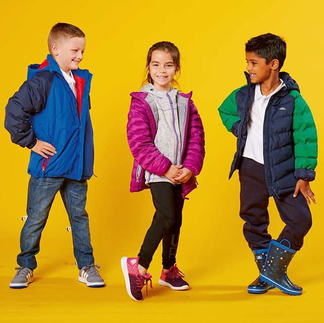 Winter has set in 🌧 here are our kids winners from @theswancentreeastleigh modelling some winter warmers from @trespass