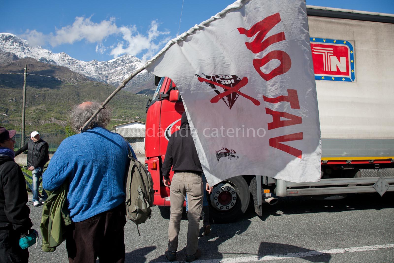 Chiomonte, Val di Susa - Giornata degli espropri per la Tav - Manifestazione no Tav