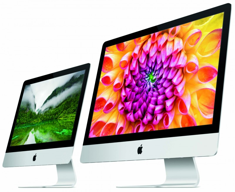 "Apple's 21.5"" iMac beside it's 27"" big brother"