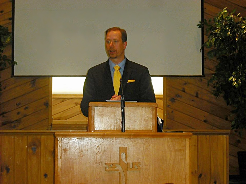 Sermons - Listen to Sunday Morning sermons by Pastor Darren Persons
