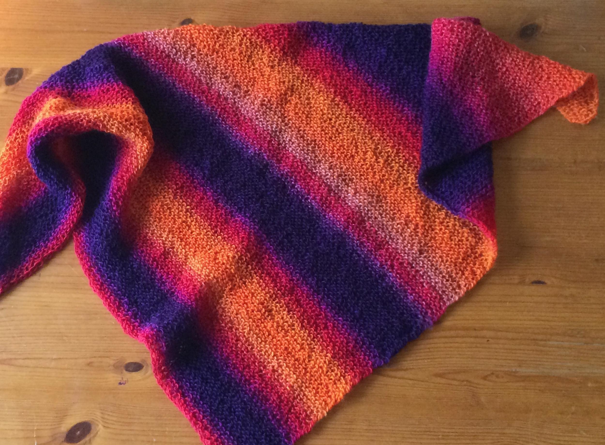 Easy to knit Zaubershawl Free Knitting Pattern