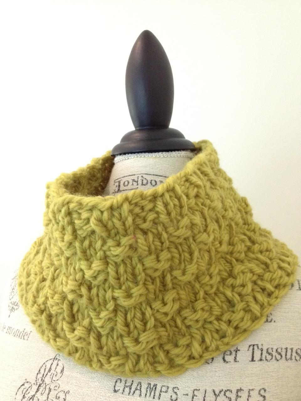 Cobblestone Street Cowl Free Knitting Pattern