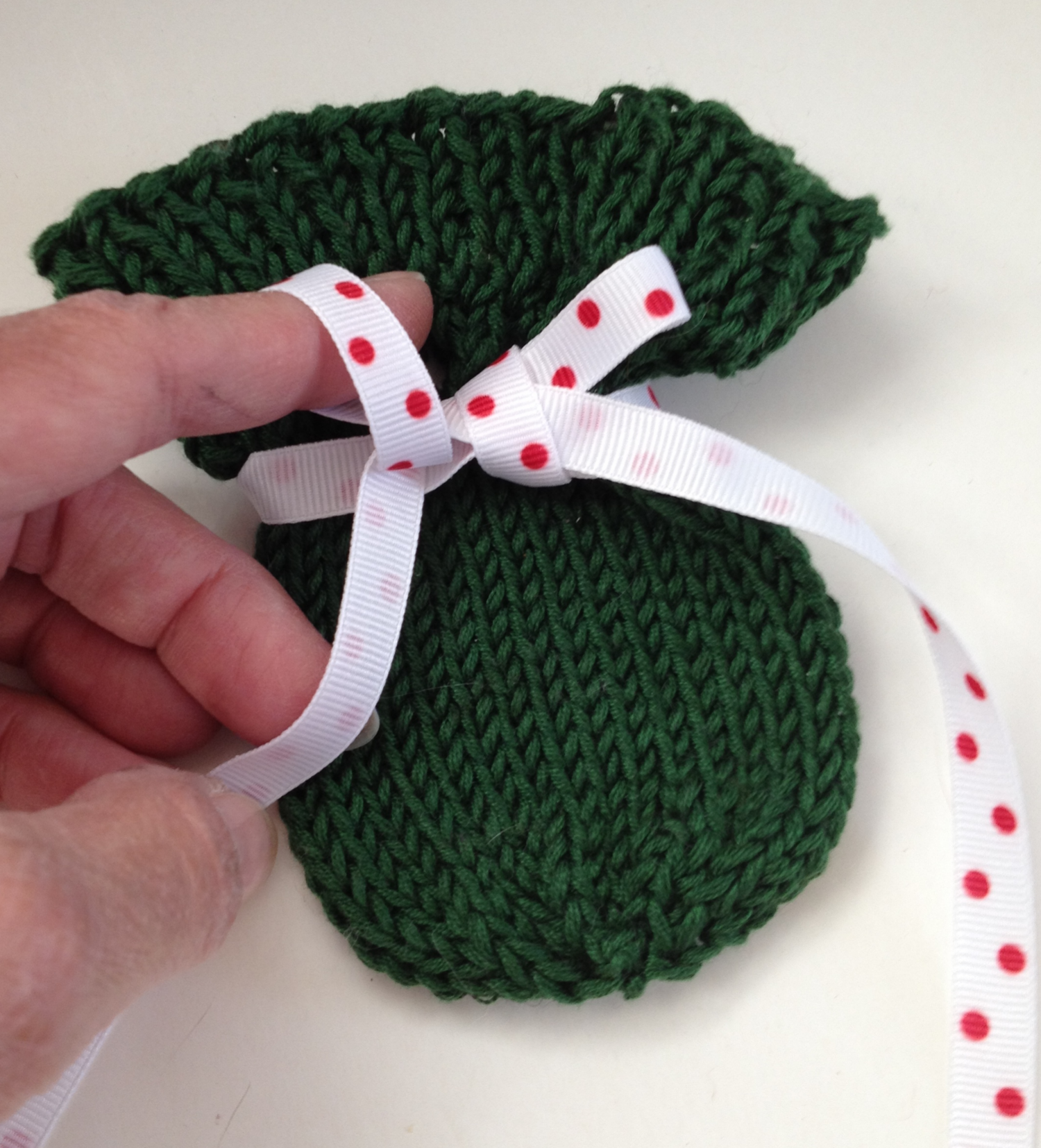 Little Sachet Free Knitting Pattern