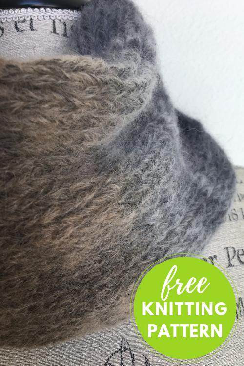Easy Aero Cowl Free Knitting Pattern