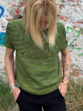 Astoria Tee Knitting Pattern + More Summer Knits