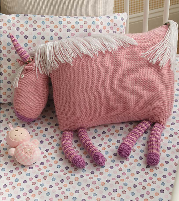 Enjoy Magical Dreams with Your Own Unicorn Pillow - Knitting Pattern!