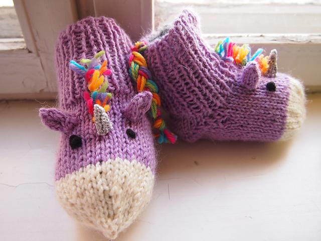Unicorn Socks FREE Knitting Pattern - Magical!