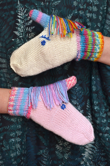 Keep hands warm in magical unicorn mittens - knitting pattern
