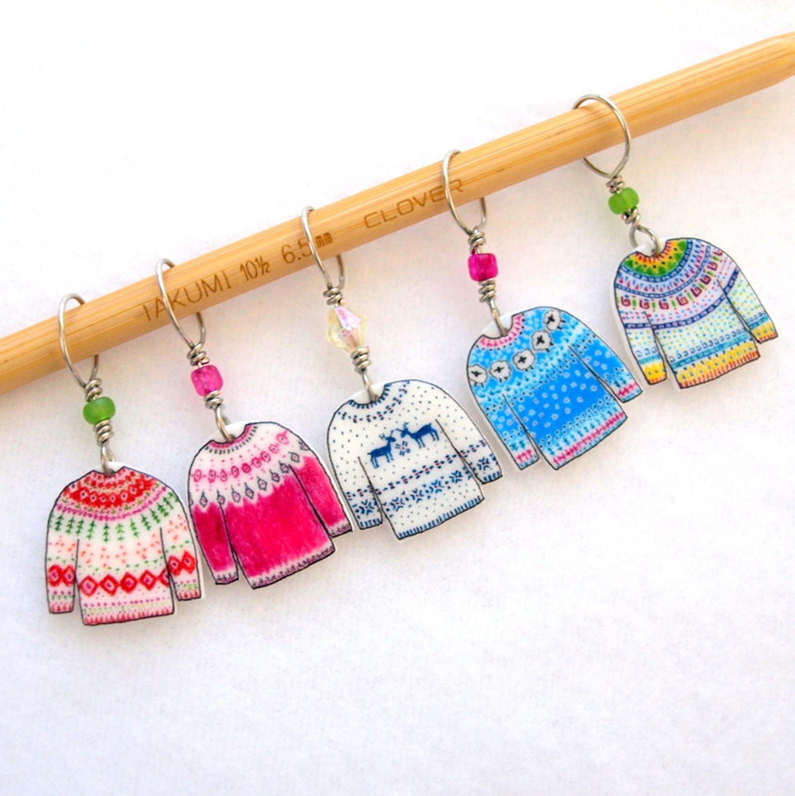 Cute Stitch Markers for Knitting: Tiny Fair Isle Sweaters!