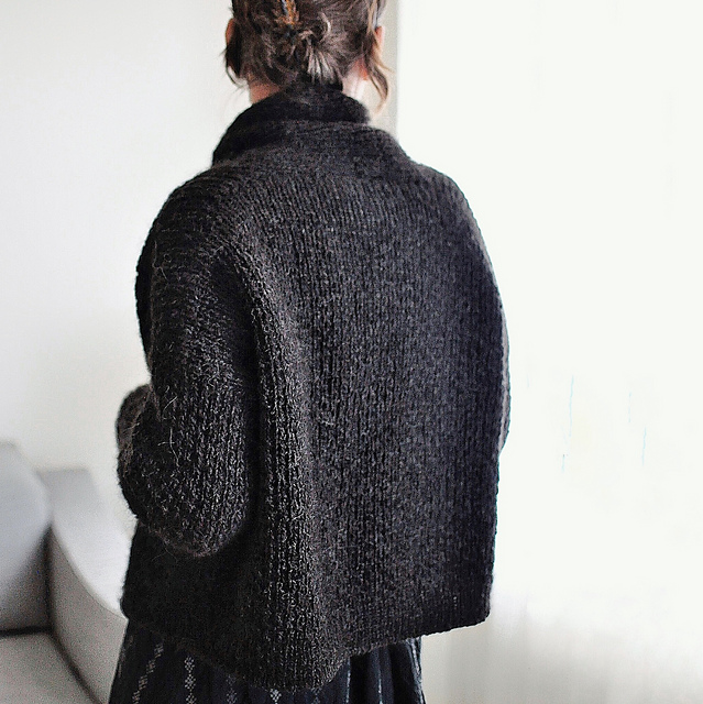 10 Best Cardigan Knitting Patterns for Fall - Ankestrick Big Love Cardigan