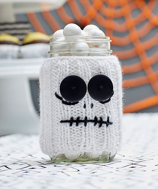 Halloween Treat: Spooky Skeleton Jar Cozy Free Knitting Pattern