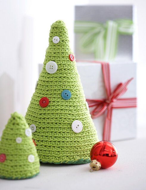 Free Christmas Crochet Patterns All The Best Ideas | The WHOot | 640x490